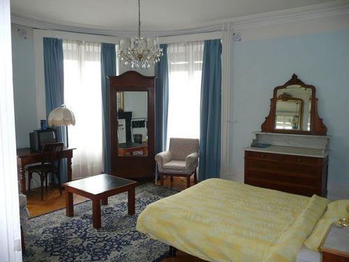 Hotel de Geneve, Room